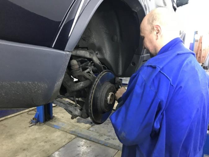 Топ проблем автомобилей Volvo XC90 на основе отзывов владельцев